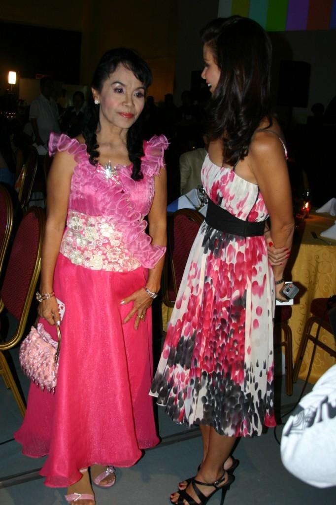 Nanay Dionisia and Dyan Castillejo