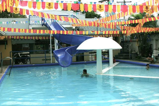 Cooling Off At One Of Gensan Hotels Named T 39 Boli Gensan News Online Mag