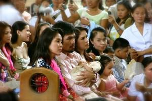 Senator Legarda beside Manny, Jinky, Princess & Mommy Dionisia