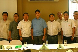 Mayor with Jetti and GenSan Chamber officers