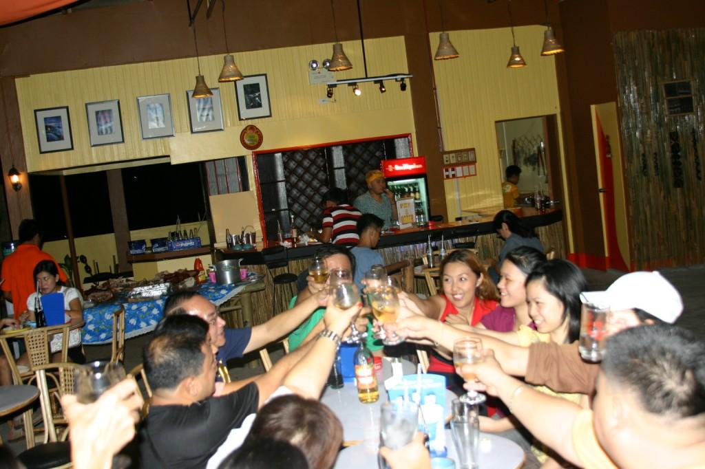 Cheers to Taaz Bar!