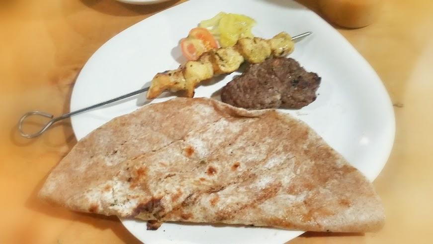 kebab, pita, tika